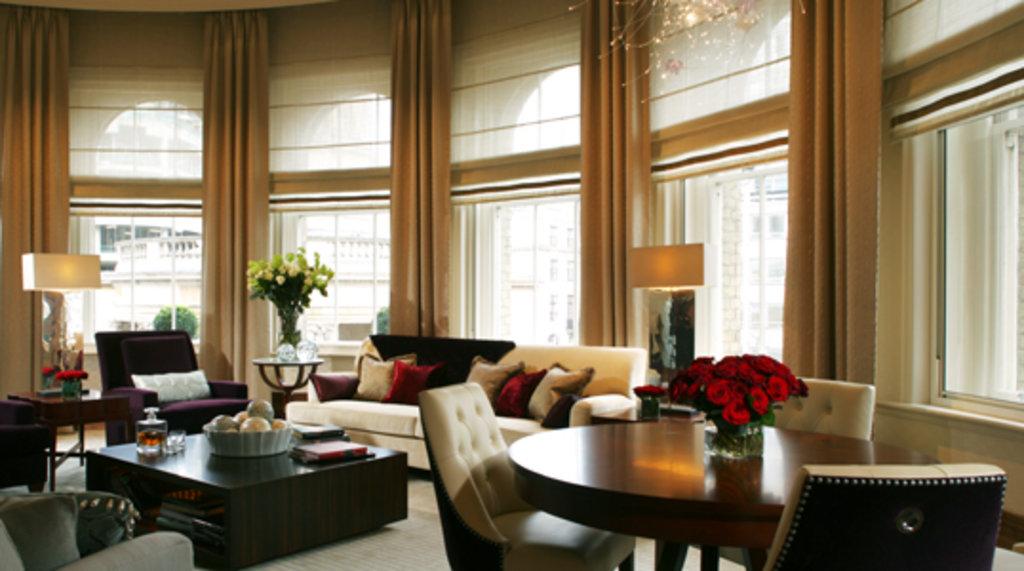 Hotel langham el lujo y los esp ritus hoteles originales for Imagenes de habitaciones de hoteles de lujo
