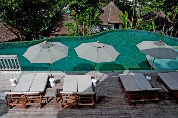 Aana resort simples villas ecol gicas con piscinas for Villas de vacaciones con piscina privada