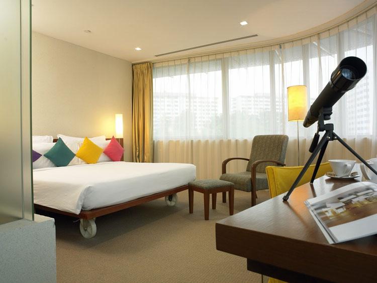 Gallery Hotel Cojines De Colores Y Piscina De Diseno Hoteles - Habitaciones-con-piscina-dentro