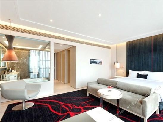 swisstouches hotel habitaciones con lounges y tallarines