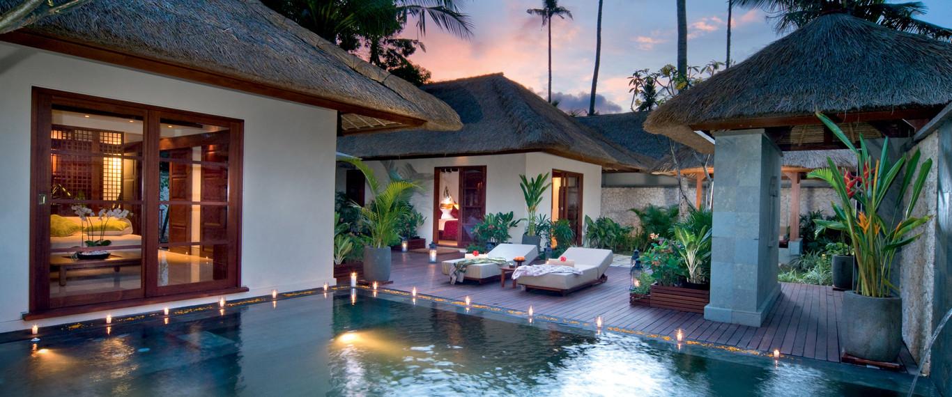 hotel jimbaran puri bali villas de teca y m rmol con vistas hoteles originales. Black Bedroom Furniture Sets. Home Design Ideas