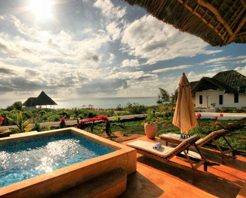 Kasha boutique hotel villas de especias en la playa for Hoteles con habitaciones comunicadas playa