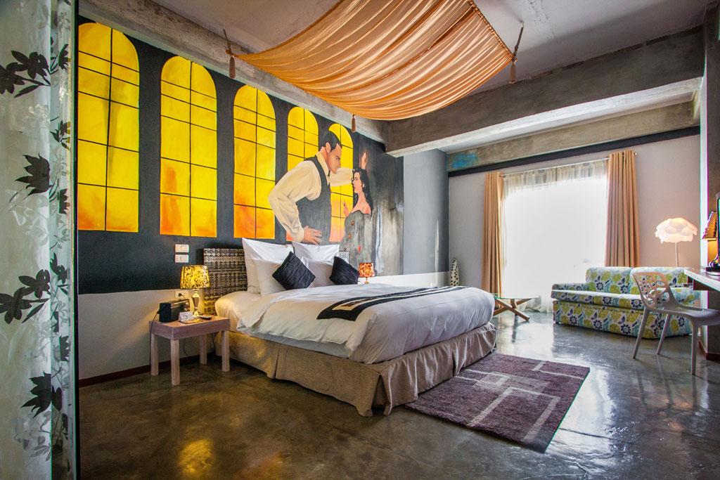 Hotel henry ba eras de pedestales esculturas en for Decoracion para hoteles