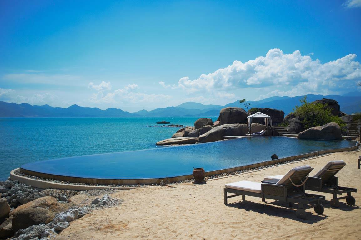 An Lam Ninh Van Bay Villas A Orillas De Una Laguna Hoteles - Habitaciones-con-piscina-dentro